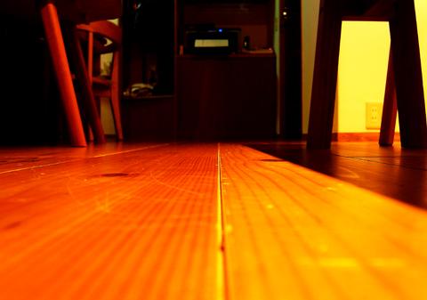 床暖房の床2