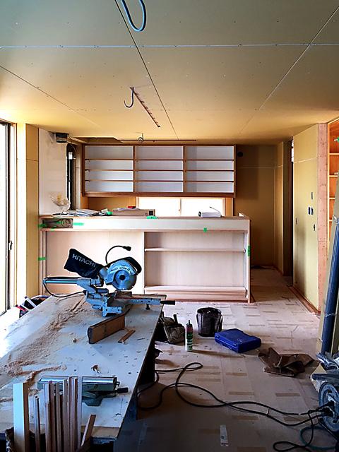 木工事完了時の家族室西側を見る