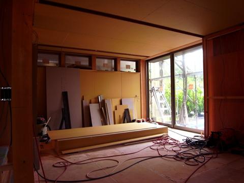 おゆみ野の家 家族室 壁天井ボード張り