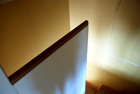 階段手摺壁