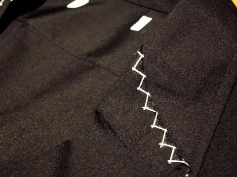 シャツでつくられたジャケット 襟部分のディティール