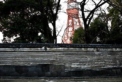 増上寺の練塀と東京タワー