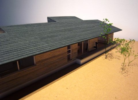 白子の家2回目模型南西からの外観