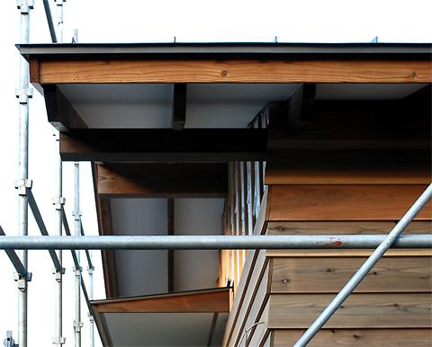 軒桁と母屋と棟木と垂木と軒天